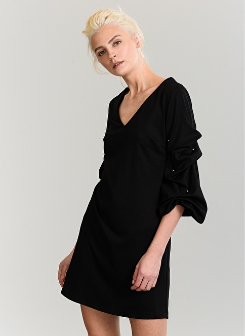 People By Fabrika Kolu İnci Detaylı Elbise Siyah